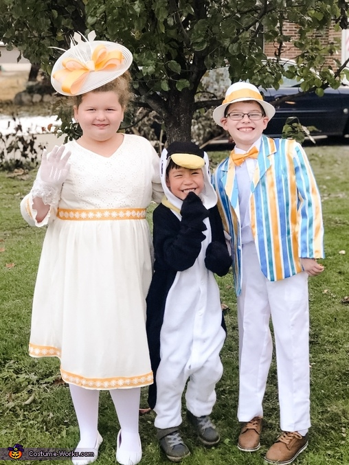 It's a Jolly Holiday! Homemade Costume