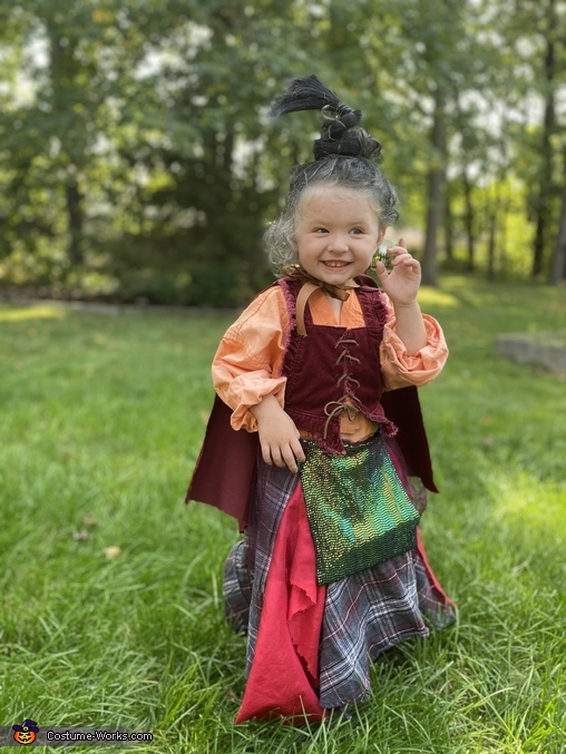 Winnie, I smell a child!, It's just a bunch of Hocus Pocus Costume