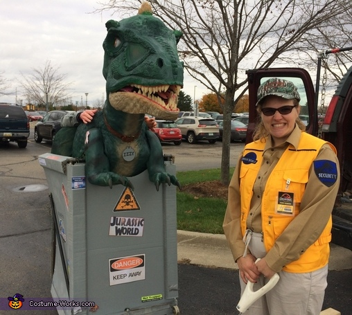 good frt view, Izzy the Jurassic World Dino Costume