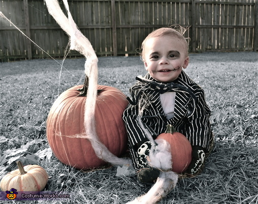 Jack Skellington Homemade Costume  sc 1 st  Costume Works & Toddler Jack Skellington Costume - Photo 3/3