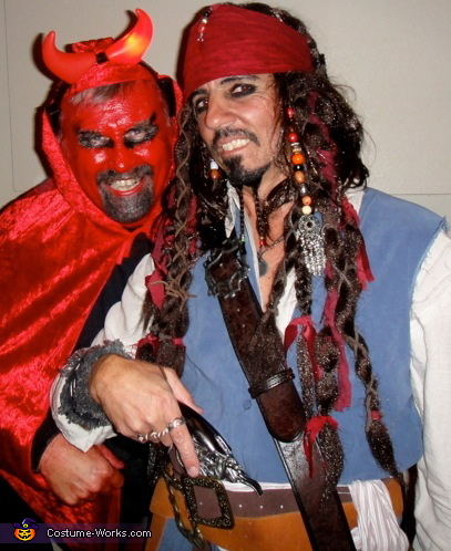 jack makes a deal with the devil, Jack Sparrow Costume