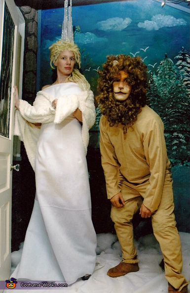 Jadis The White Witch and Aslan Costume