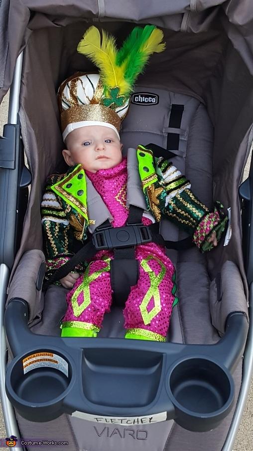 A walk in the stroller solves everything, Jason Kelce Mummer's Fan Costume