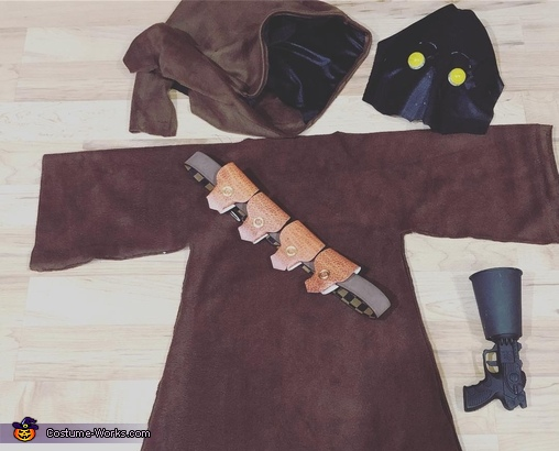 The essentials, Jawas Costume