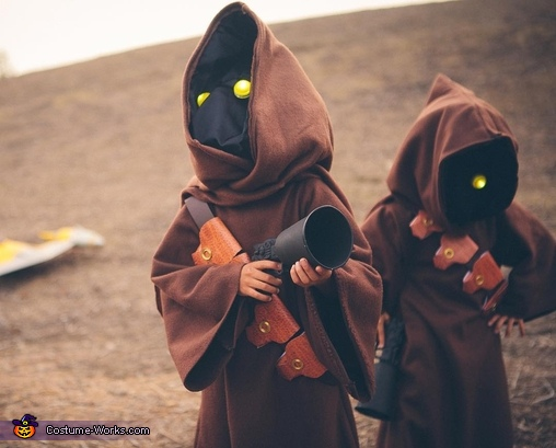 Close up of the boys in their costume, Jawas Costume