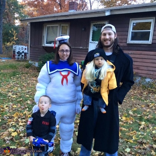 Whole family, Jay and Silent Bob Costume