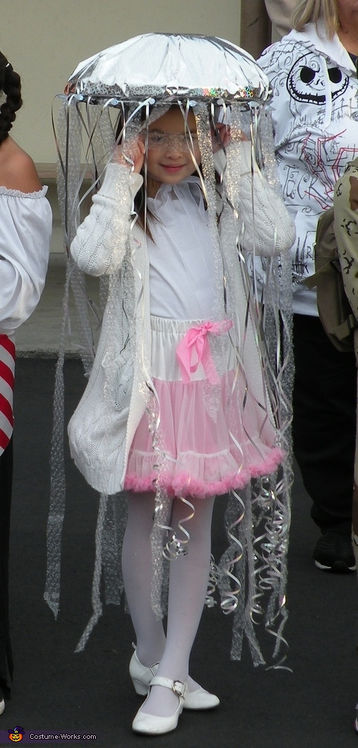 Homemade Jellyfish Costume For Girls