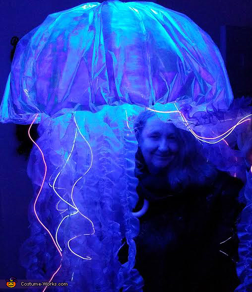 Me peeking out from Jellyfish Costume 2016, Jellyfish Costume