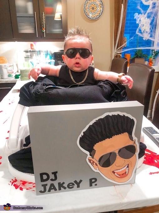 DJ Pauly D, Jersey Shore Costume