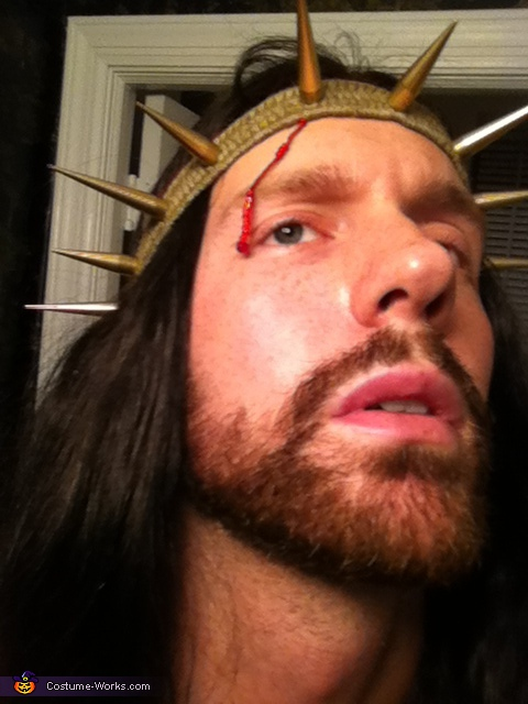 Crown of thorns - in progress, Jesus Costume