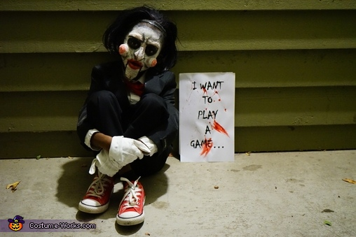 Jigsaw wants to play, Jigsaw Costume