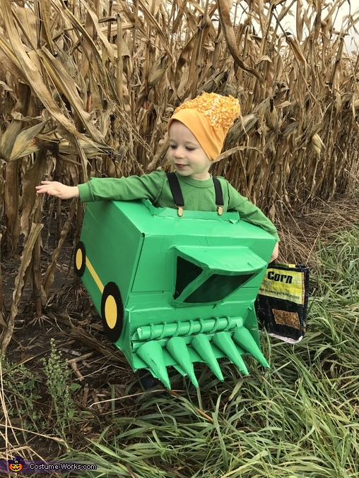 Chute out and ready to release the corn, John Deere x2 Costume