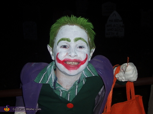 trick or treating! Joker Costume  sc 1 st  Costume Works & Original Homemade Joker Costume - Photo 3/4
