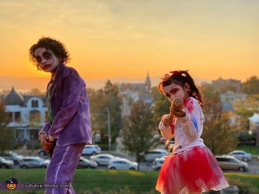 Sunset Over sleepy Hollow, Joker and Harley Quinn Costume