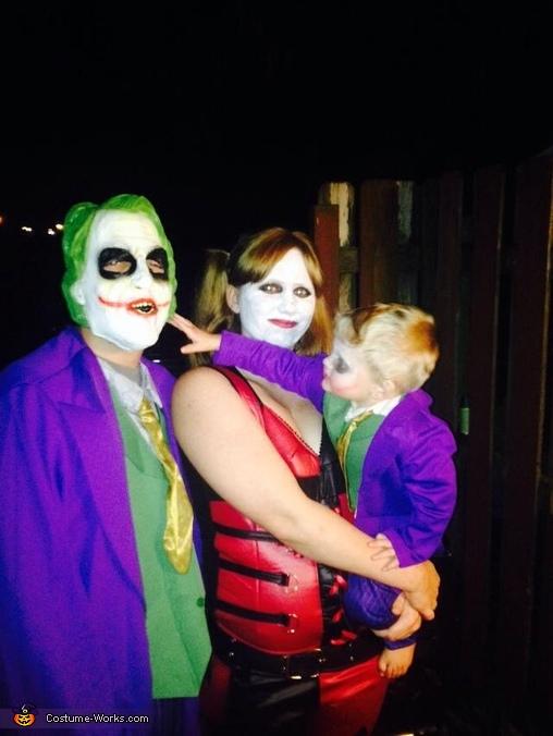 hey gimmie that mask!, Joker Family Costume
