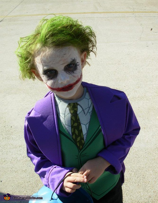 Joker from the Dark Knight - Homemade costumes for boys