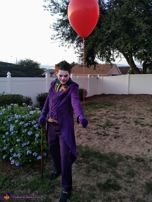 Pennywise/Joker mashup, Jokerwise Costume