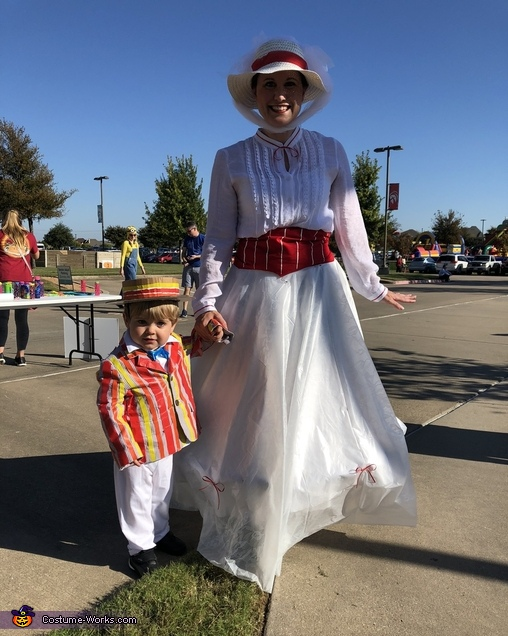 Mary Poppins & Bert, Jolly Holiday with Mary Poppins & Bert Costume