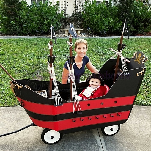 Jolly Roger Wagon Pirate Ship Costume