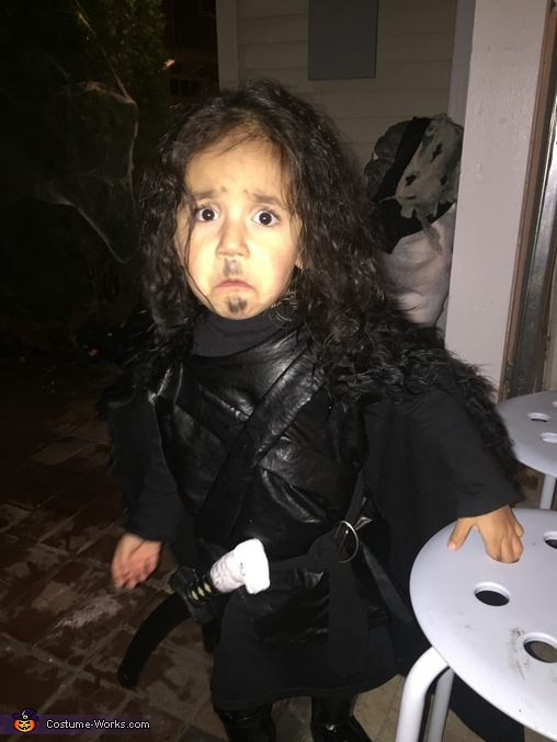 Baby Jon Snow caught by surprise, Jon Snow Costume