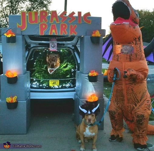 Jurassic Park Dog Costume - Photo 3/4