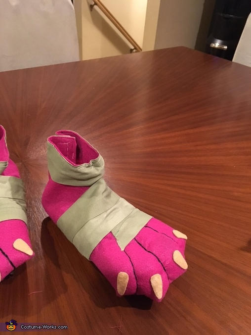 finished shoes, Kakamora from Moana Costume