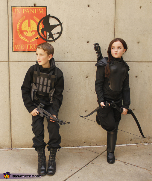 Take cover! There's a pod!, Katniss and Gale Costume