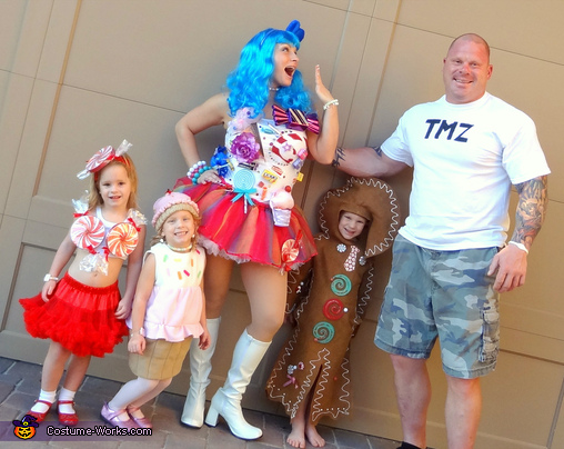 Katy Perry family themed costumes