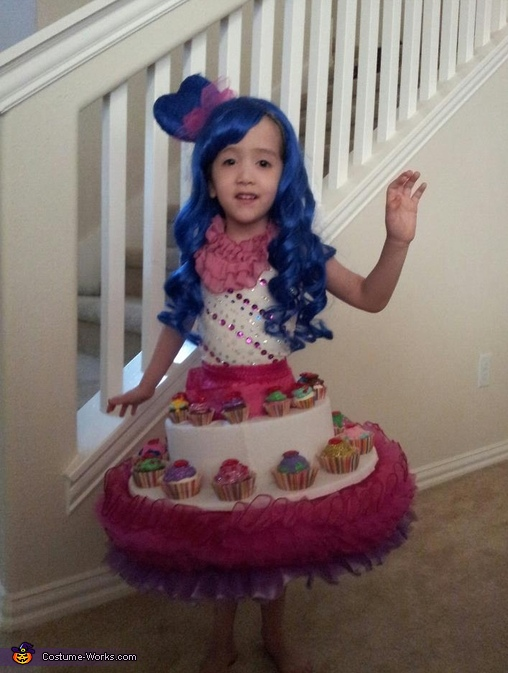 Katy Perry Cupcake Dress - Homemade costumes for girls