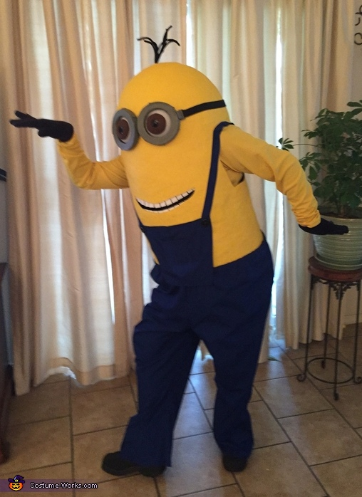Dance for Bananas!, Kevin the Minion Costume