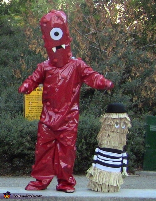 Closer look: Muno, alien-looking red cyclop, Kia Super Bowl Characters Costume