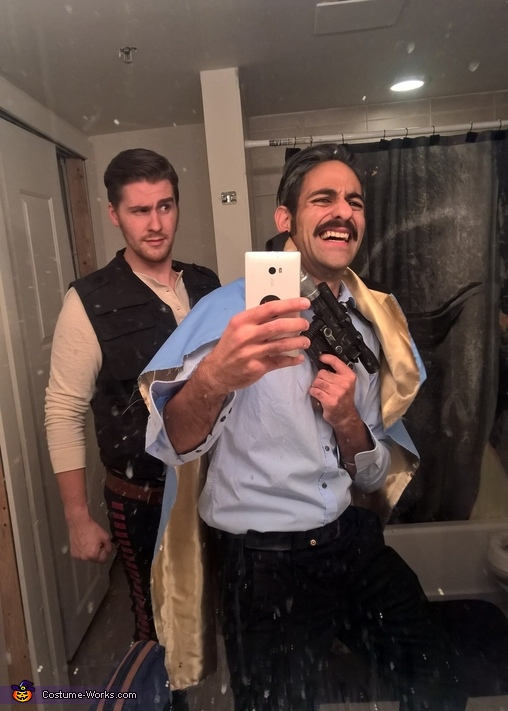 A typical selfie time in a bathroom far far away, Kickin' it on Cloud City Costume