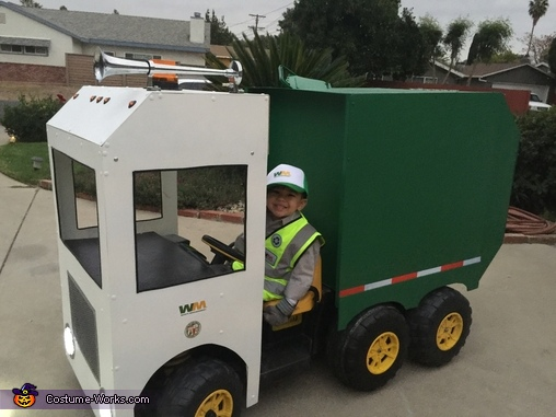 Kid Garbage Truck Driver Homemade Costume
