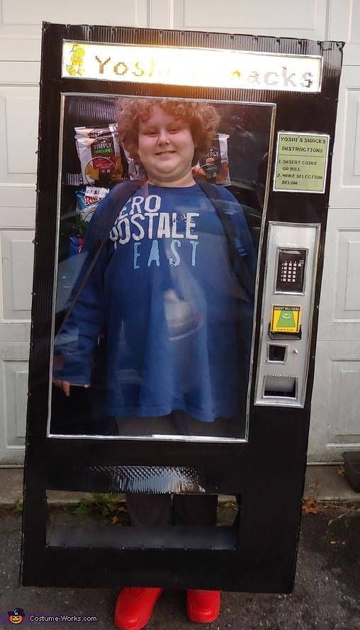 Kid stuck in a Vending Machine Costume
