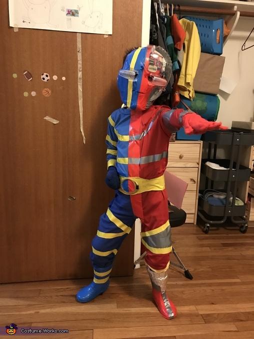 Kikaida 2, Kikaida Costume