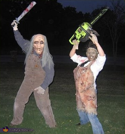 Chainsaw Massacre - Homemade costumes for adults