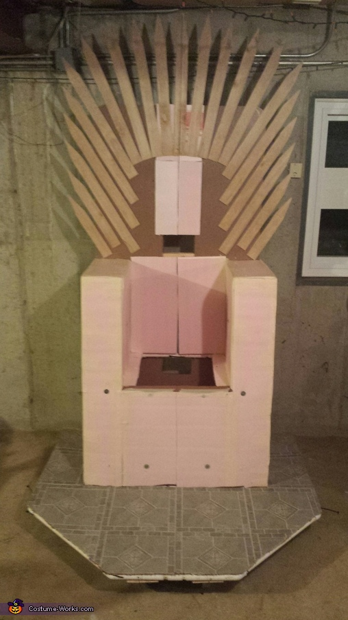Adding Foam and Wood Accents!, King Bowser and the Game of Thrones Costume