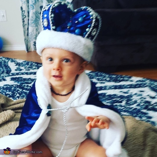 King Carter Costume