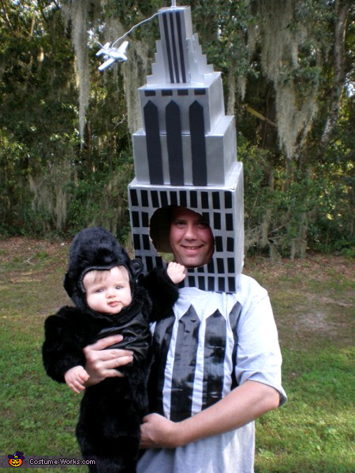 King Kong & the Empire State Building - Homemade costumes for babies