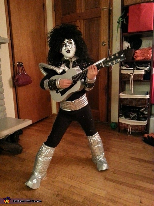 The 6 year old aka Ace Frehley took his role very seriously, KISS Costume