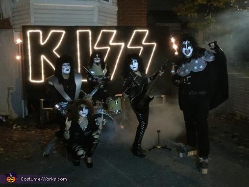 KISS, KISS Costume