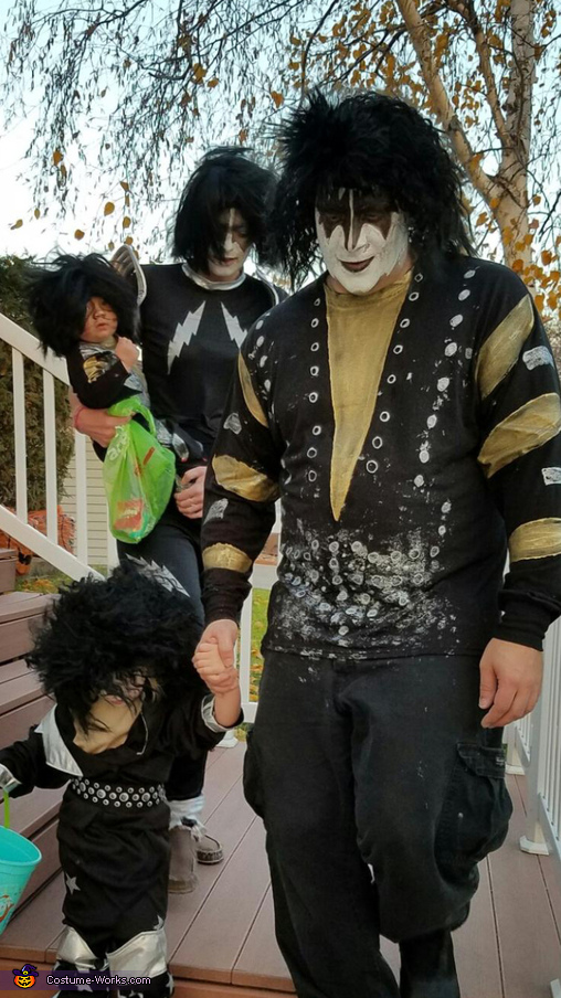 Rock and roll all night!, Kiss Costume