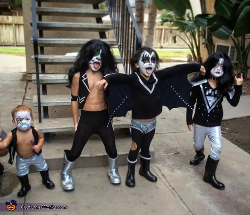 KISS is back! Costume
