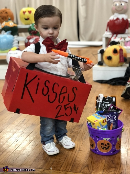 We won!, Kissing Booth Costume