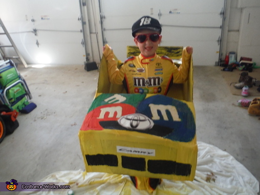 Kyle Busch #18 Front view, Kyle Busch Junior Costume