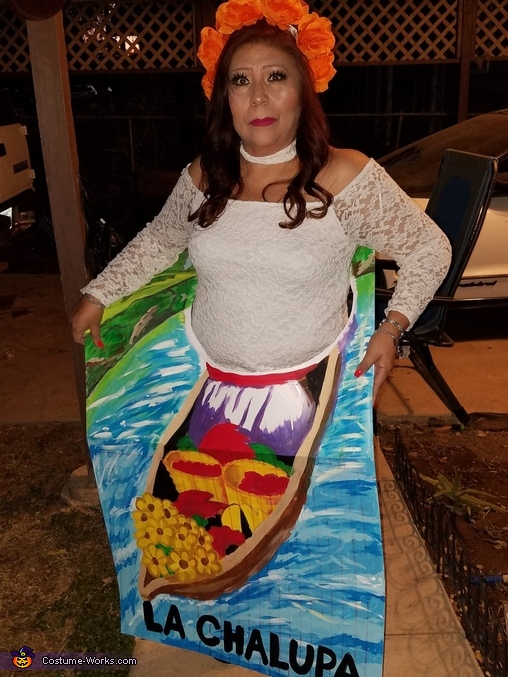 La Chalupa Costume