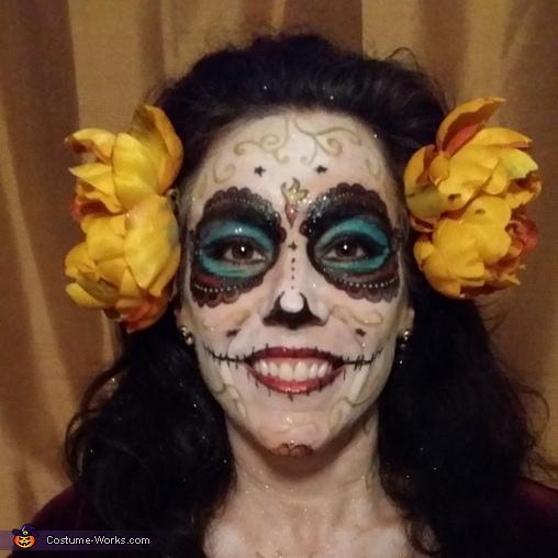 La Muerta face paint, La Muerta Costume