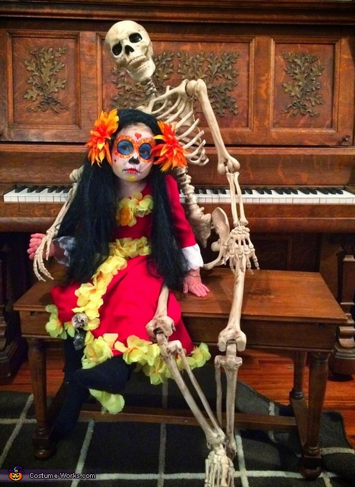 La Muerte with an old friend, La Muerte from Book of Life Costume
