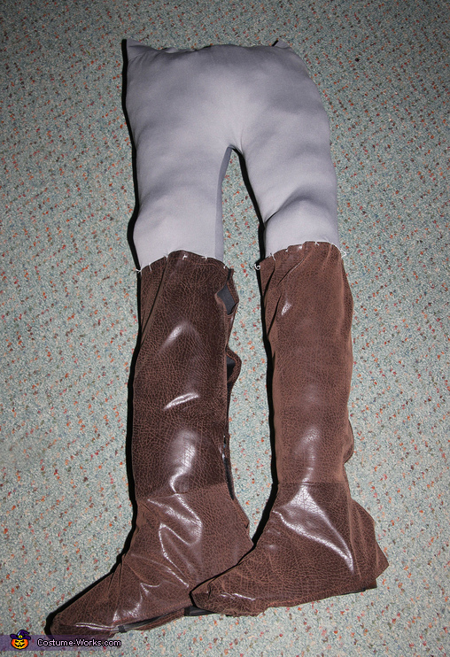 Goblin King Legs, Labyrinth: Jareth the Goblin King and Baby Toby Costume