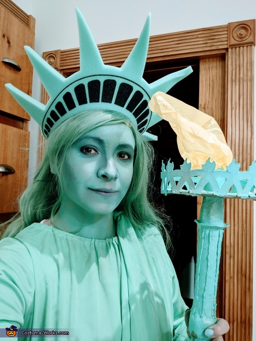 Lady Liberty, Lady Liberty and the Empire State Building Costume